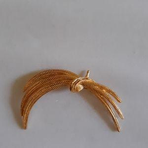 Vintage Signed Monet Goldtone Wheat Bundle Pin